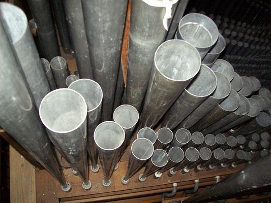 Trompette et clairon   -  orgue de Bourganeuf -L.Callinet 1829