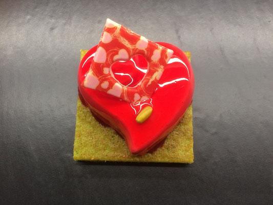Le valentine : un gâteau coeur framboise pour la Saint-Valentin