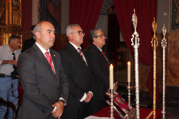 Hermano Mayor saliente y Presidencia Funcion