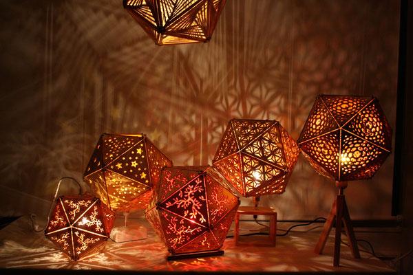 Viele verschiedene Lampenfüße