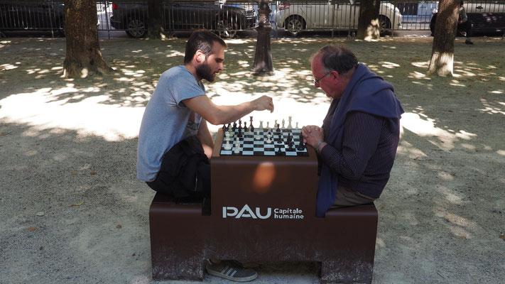 Sylvain et Jean-Marc place Royale à Pau