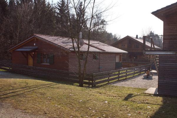 Unser Ferienhaus - Ansicht vom Brückelsee - Ferienhaus am Brückelsee - Erika Wölfel