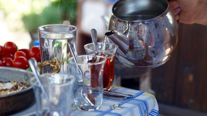 Klassisch: Tee – Çay