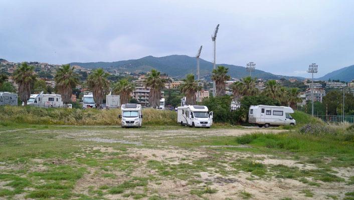 San Remo: Parkplatz für Camper
