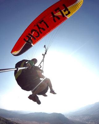 Paragliding Tandem-Sprung mit Fly Lycia