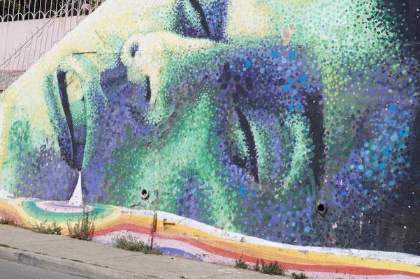 Valparaíso Street Art: Die Arbeit steckt im Detail