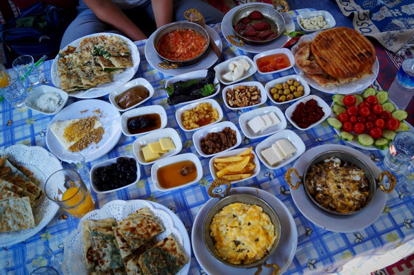 Frühstück – Kahvaltı – nach Konya-Art