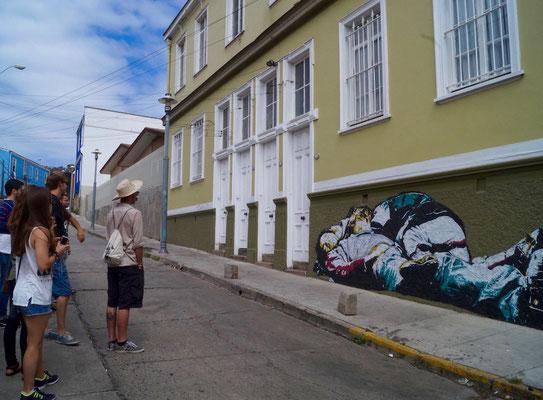Valparaíso Street Art: Stencil Art
