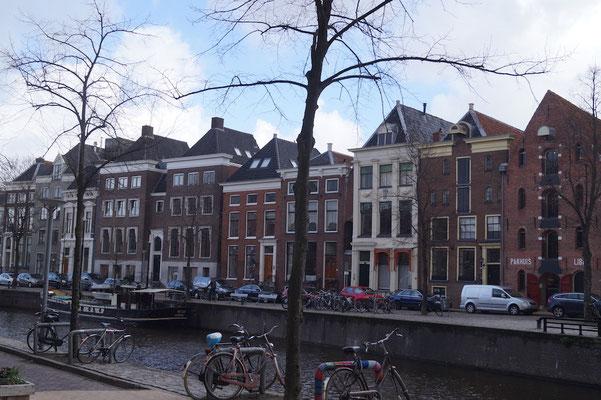 Grachten prägen das Bild der Niederlande, auch in Groningen.