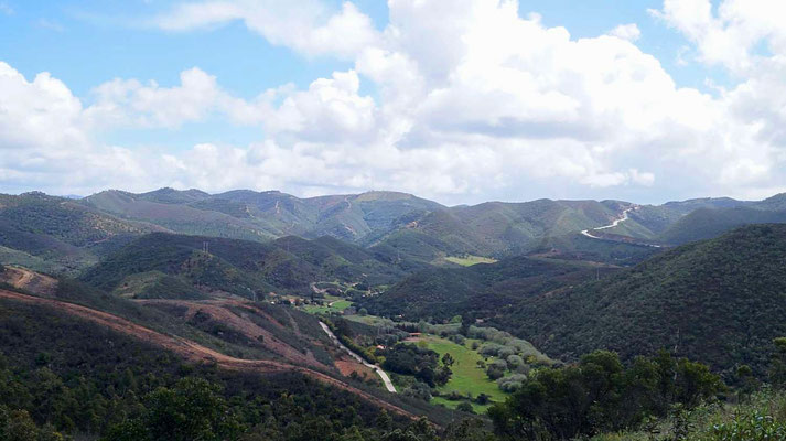 Über den Hügeln bei Aljezur (Via Algarviana)