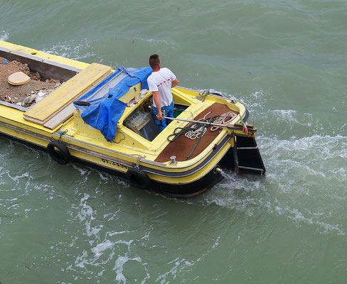 Wassertransport in Venedig