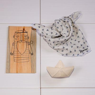 Halstuch aus Musselin ab 15€, Bild fürs Kinderzimmer auf handbearbeitetem Holz 15€