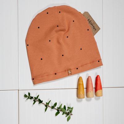 Mütze aus selbst bedrucktem Jersey mit Mini-Äpfelchen 15€