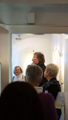 Der Co-Gründer der tOG und Galerist Dirk Palder hielt...