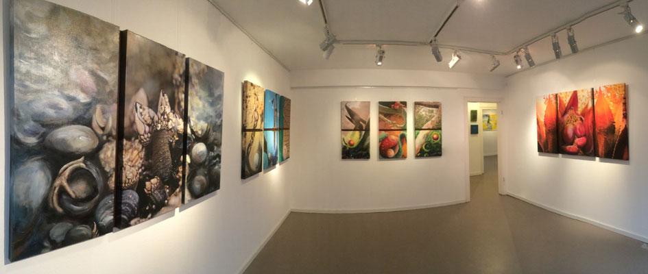 Raum 1 mit Werken von Annette Palder, mit einer neuen Kunstform Fotografie, Mixed Media verbunden mit verrostetem Eisen (c) tOG-Düsseldorf