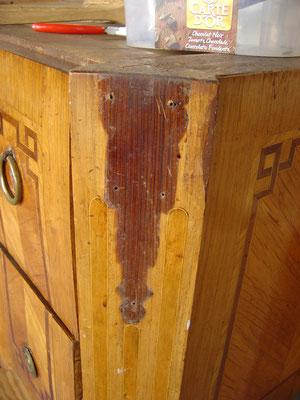 Commode Transition plaquée de bois de rose. Ebénisterie Philippe
