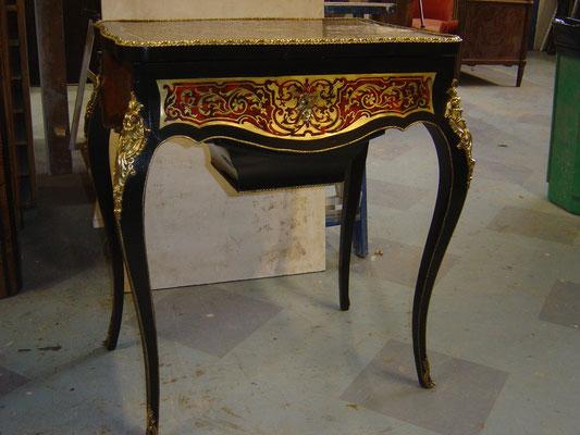 Table de toilette Napoléon III. Ebénisterie Philippe
