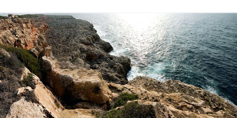 Klippen bei Cala Pi