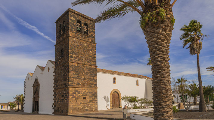 Iglesia de Nuestra Señora de la Candelaria,La Oliva