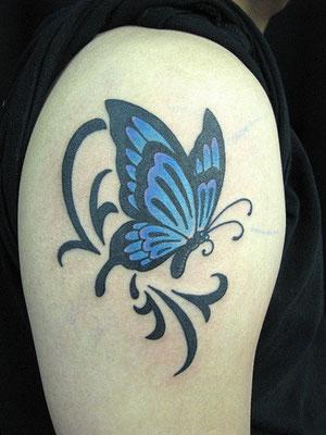 蝶 トライバル タトゥー 洋彫り