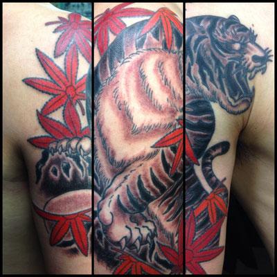 虎 刺青 和彫り