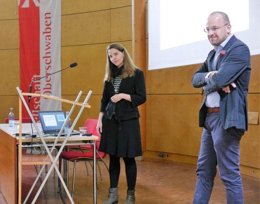 Dr. Senta Herkle und Moderator Prof. Dr. Dietmar Schiersner