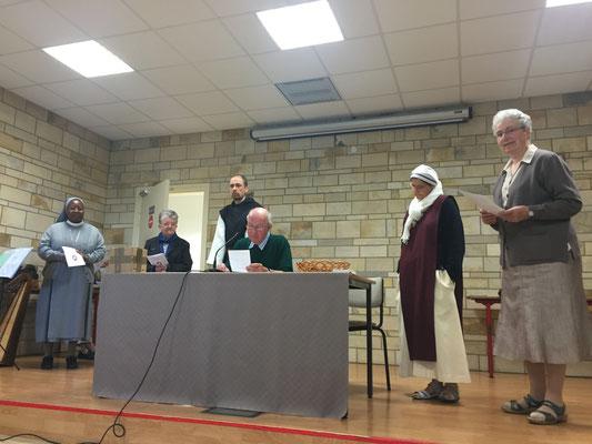 Frère Claude Bocquillon, délégué diocésain à la vie religieuse, donne quelques consignes