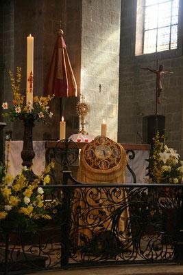 Adoration du Saint Sacrement...