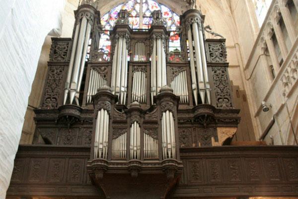 L'orgue peu de temps avant son démontage à l'été 2014