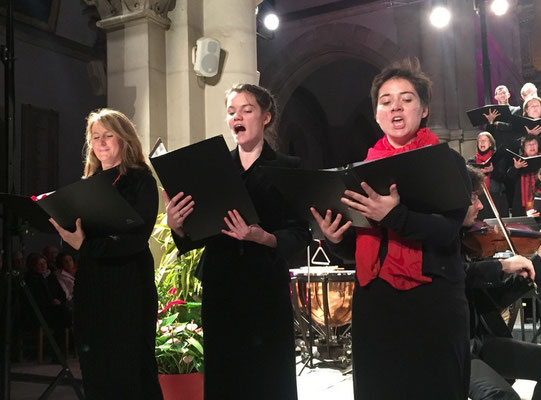 "Les 3 solistes soprani de ""La pie bavarde"" de Sviridov :  Marie Petit-Despierres, Orana Ripaux, Germaine Magnani"