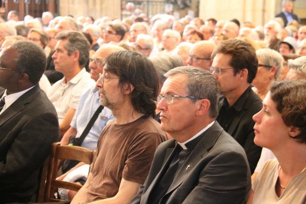 M. Jean Daldosso et le P. Loïc Gicquel des Touches