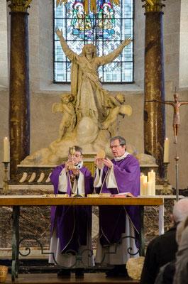 La messe était présidée par Mgr Gilbert Louis, évêque émérite de Châlons en Champagne