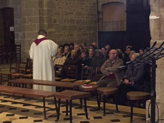 ... qui avait lieu dans le transept sud de la basilique