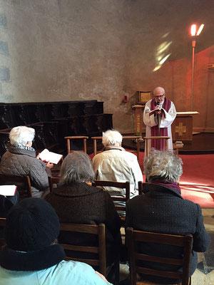 L'après-midi une belle découverte de la présence de Marie dans les évangiles (y compris celui selon Georges Bernanos !) avec le P. Claude Boitard