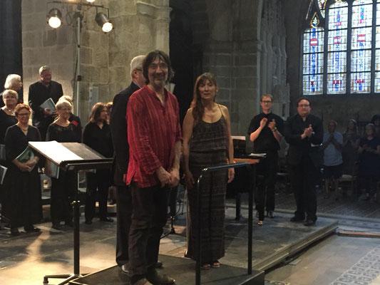 Applaudissements nourris pour le facteur d'orgue Jean Daldosso et son épouse.