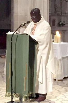 Le Père Emmanuel a prononcé l'homélie (qu'on peut télécharger ci-dessous)