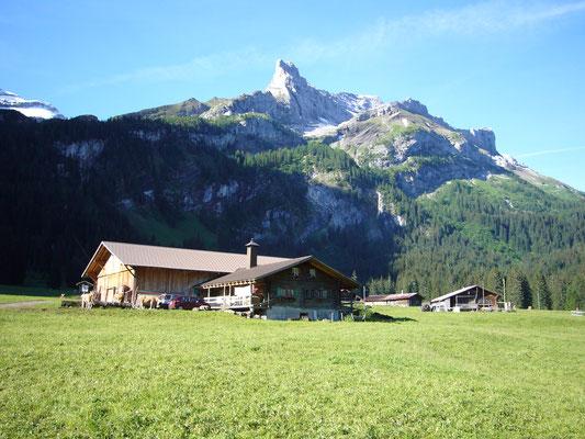 Alp Reusch mit Käsereien
