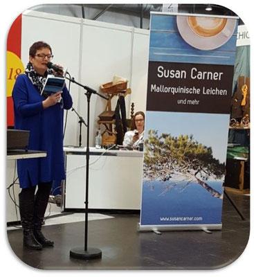 Susan Carner in Aktion auf Buchmesse Leipzig 2018