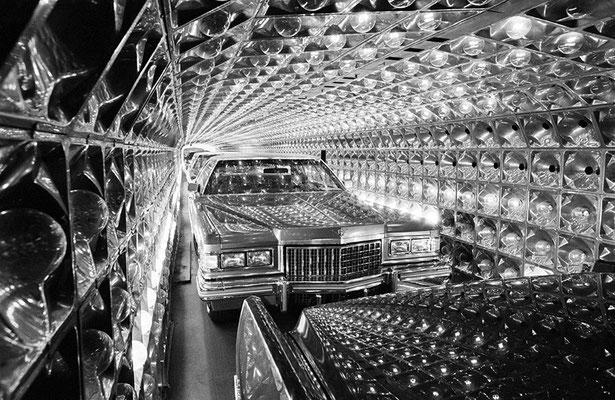 Cadillac, Detroit, 1975