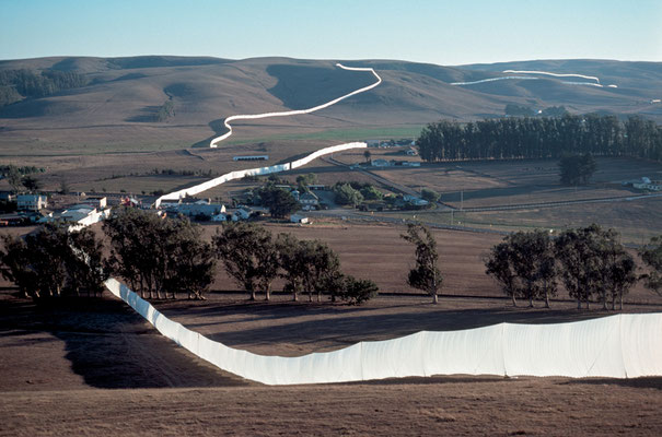 Christo and Jeanne-Claude, Running Fence, Sonoma and Marin Counties, California, 1972-76