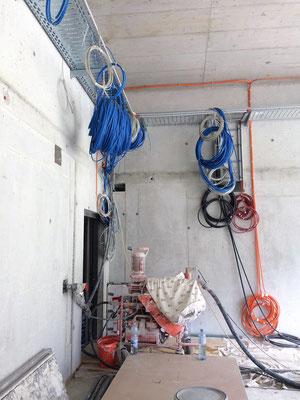 Noch mehr Kabel