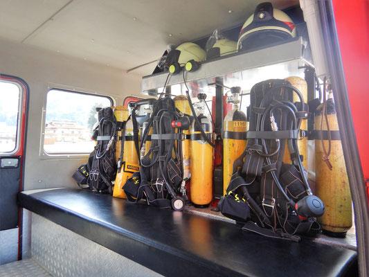 Mannschaftsraum vorne für Atemschutztrupp