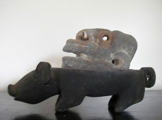 Ambrum Sculpture | Ambrum Island, Melanesia | Wood, Stone and Bone | H:140 x W:240 x D:90mm | Price: $450.00