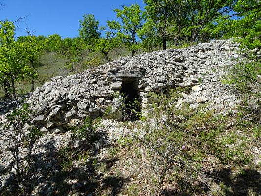 Gariotte N° 47 Col de Cazes Long :1°22'49'' E Lat : 44°27'09'' N