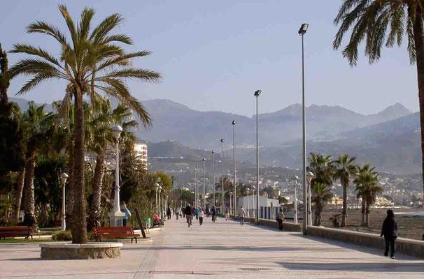 Torre del Mar Andalusien Strandpromenade