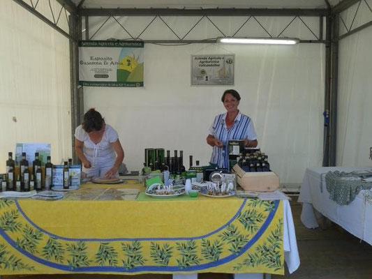 Agosto: festa della Chianina - espositori olio IGP