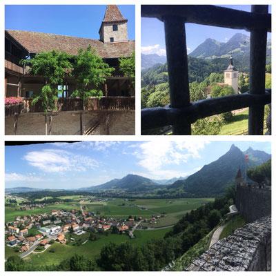 Schloss-An- und Aussichten 1