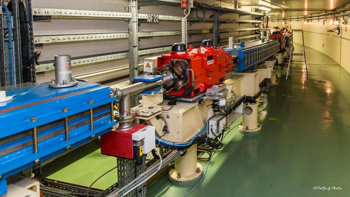 Synchrotron Grenoble - L'anneau inférieur