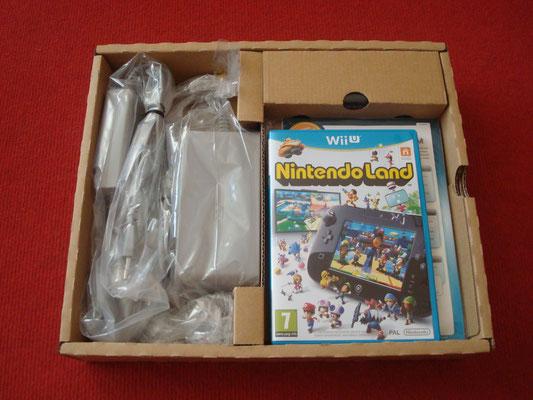 """Bandeja superior de mi Premium Pack (Cargadores, instrucciones y juego """"Nintendo Land"""")"""