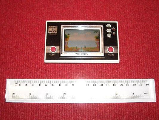 "Mi Game & Watch (versión Wide Screen) ""Turtle Bridge"""